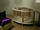 Luxe babybed aanwezig